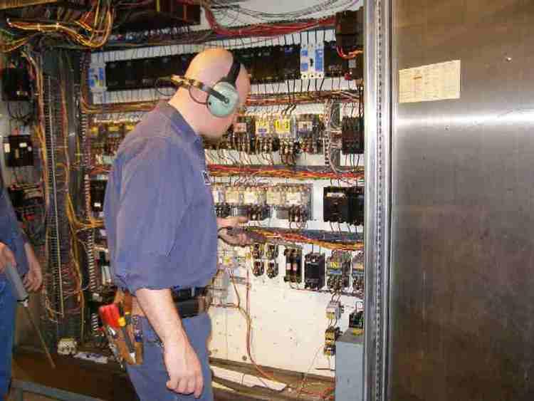 CTRL - Chương trình tiết kiệm năng lượng